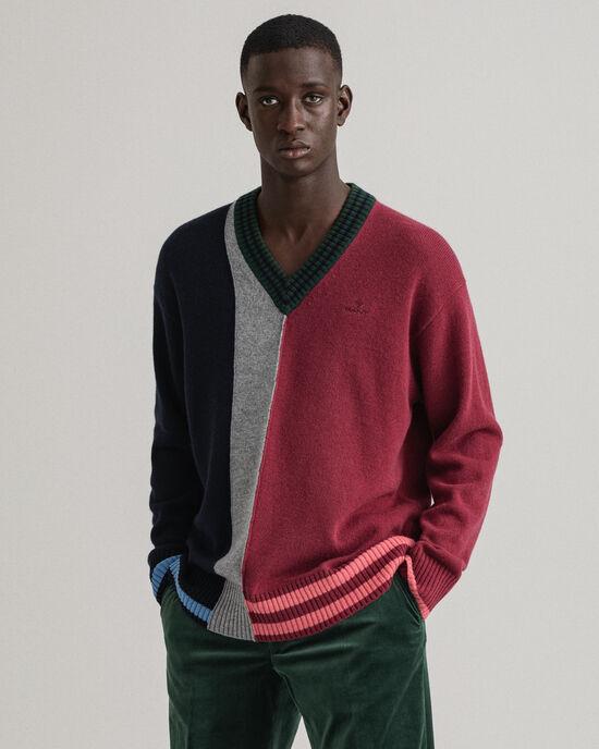 REMAKE V-Neck Pullover