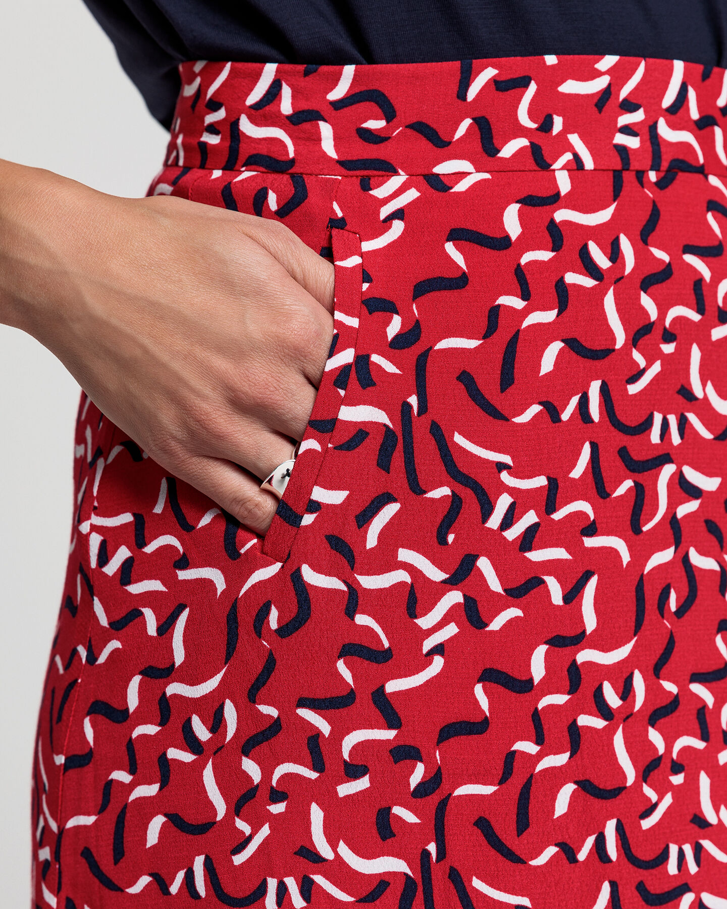 Ribbon Print Rock