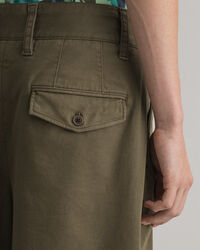 Relaxed Fit Shorts mit Bundfalten