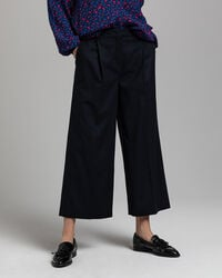Weite Cropped Flanellhose