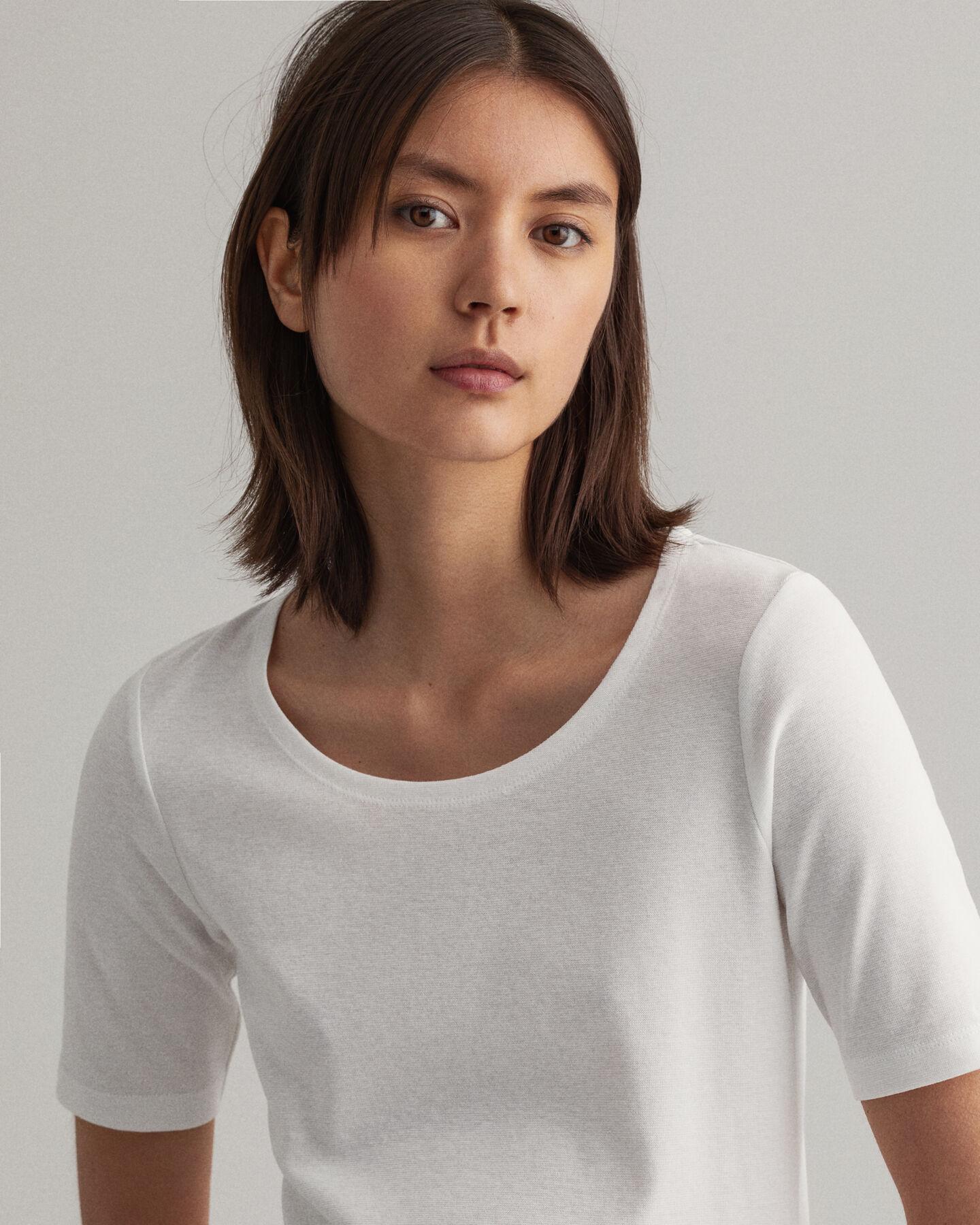 Geripptes T-Shirt mit halblangem Arm
