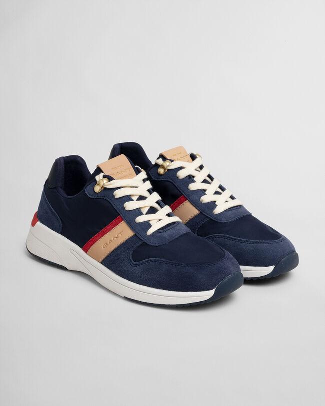 Delyn Sneaker