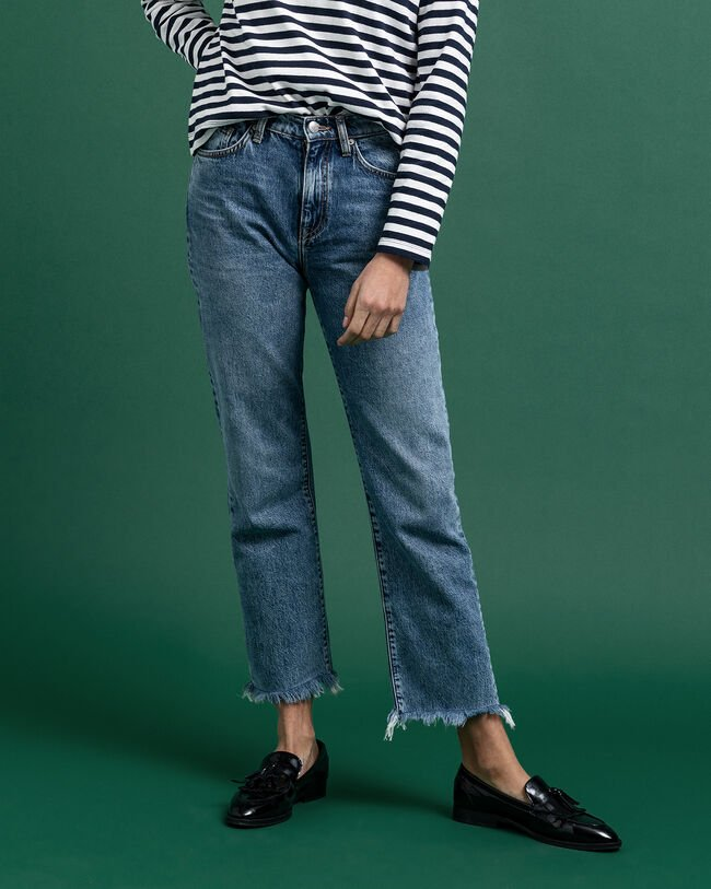 Authentic Cropped Jeans